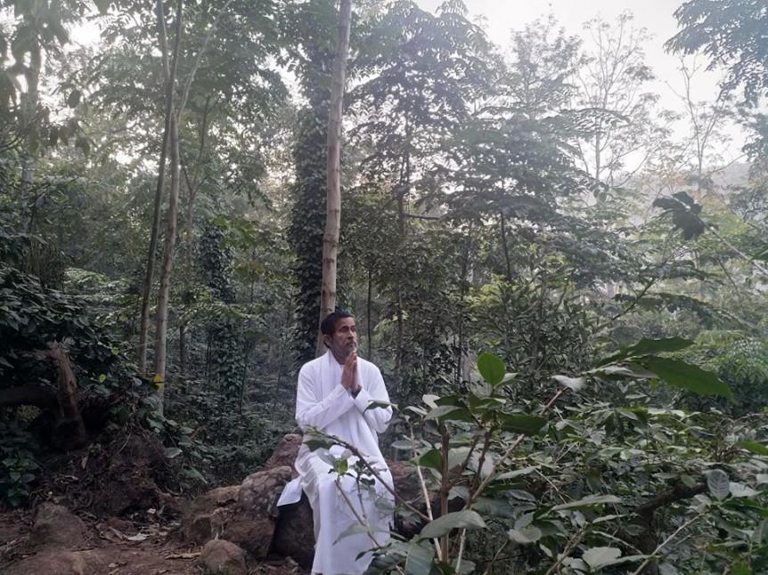 Bodhi Namaste in Forest